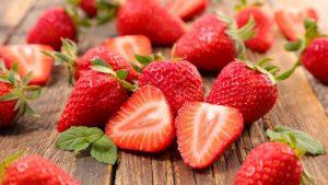 CBD żywność truskawki
