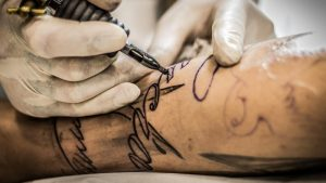olej cbd gojenie tatuażu